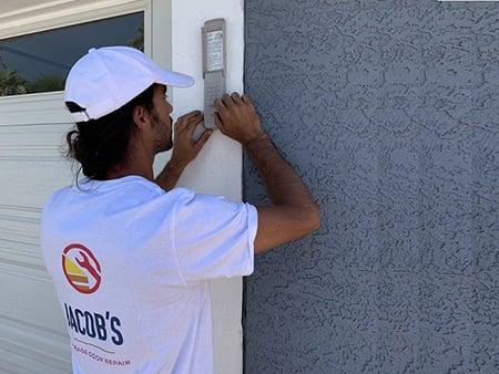 Jacob's Garage Door Repair of Gilbert
